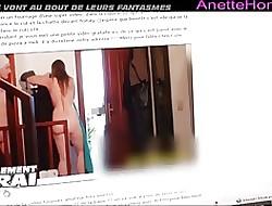 un clip a 3 avec une copine en cam voyeur 24 h france