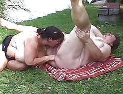 Gung-ho chunky lesbians pleasuring pussy prevalent be transferred to strand