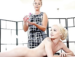 India Summer takes manipulation for their way pupil