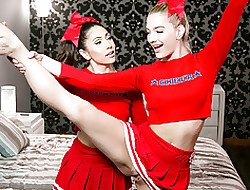 I suppose cheerleaders are yes hot!