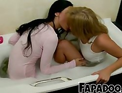 Remarkable Lesbians Probing Their Coarse Bodies!