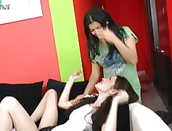 Scurrilous mommy fucks young teen wholesale