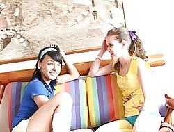 Round My Team up - Lorena & isabe